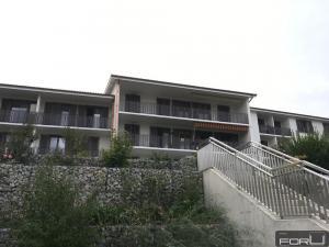 Appartement rénové de 2 pièces en rez à Bernex