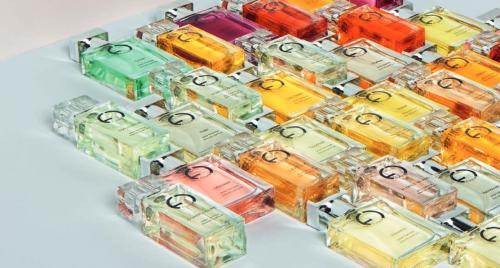 Divers parfums génériques pour hommes et femmes