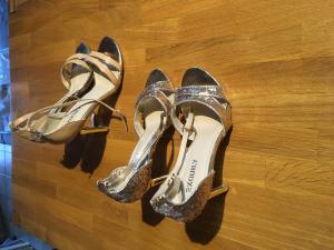 Sandales Compensées Femme Neuve à vendre
