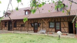 Ancienne maison bressane typique renovée France