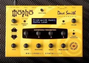 Dave Smith Instruments MOPHO - ANALOGUE SYNTHÉTISEUR