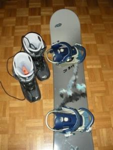 Snowboard neuf Ob151cm + boots Dee Luxe