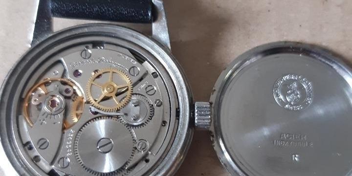 montre Girard Perregaux 1975