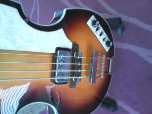 HOFNER Basse Contempory Violon sunburst