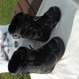 A vendre belles boots marque Darko 39