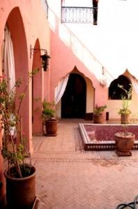 marrakech, riad meublé dans la palmeraie