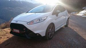 Ford fiesta st black & with
