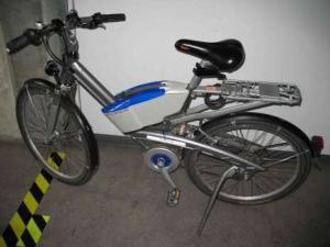 2 Vélos électriques Flyer F4 pour les pièces