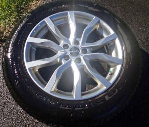 4 roues montées jantes alu pneus hiver Evoque Range Rover