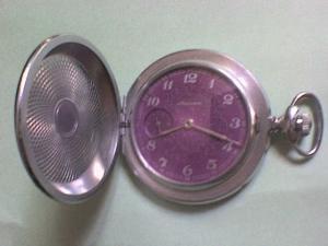 Une montre de poche