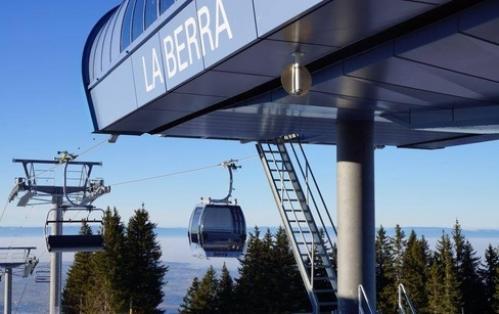 Bon pour une carte journalière de ski à la Berra