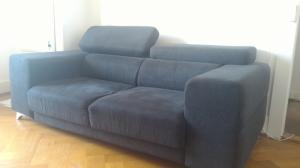 Canapé en tissu gris