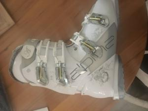Chaussures de ski femme