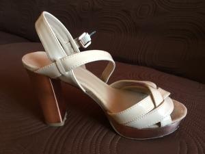 Sandales à talons, taille 35