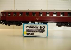 Marklin Ho 4243 voiture passagers NSB B1