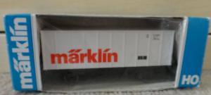 Märklin HO 4481 wagon couvert avec inscription märklin