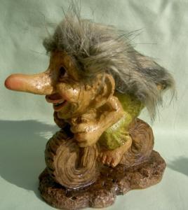 Trolls - Gnomes No 33