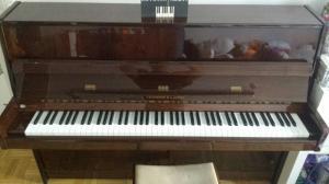 Delai 29.04 / Au plus offrant / Piano droit Hofmann & Czerny