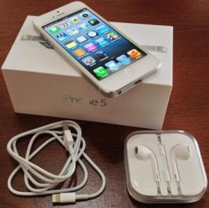 Blac iPhone 5 32GB Novo