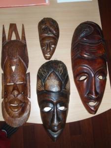 Lot de 4 masques vendus à la pièce