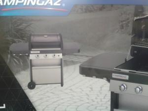 Grill à gaz neuf Campingaz Classic L