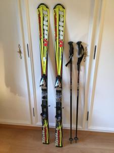 À vendre ski