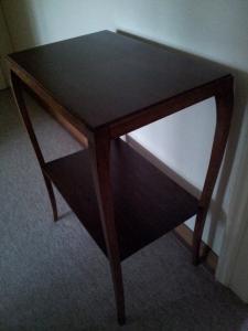 Petite table à vendre