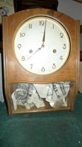 Magnifique Horloge bon etat
