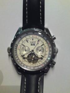 a vendre montre  jaragar